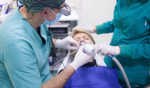 Czego używa się do wyrywania zębów